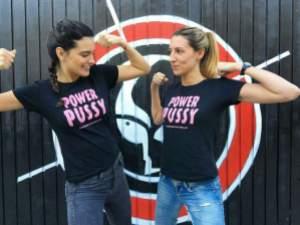 Activistas Sara y Marta DeVermut